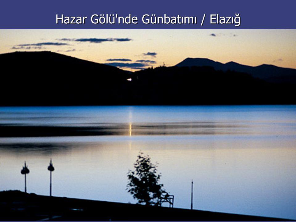 Hazar Gölü nde Günbatımı / Elazığ