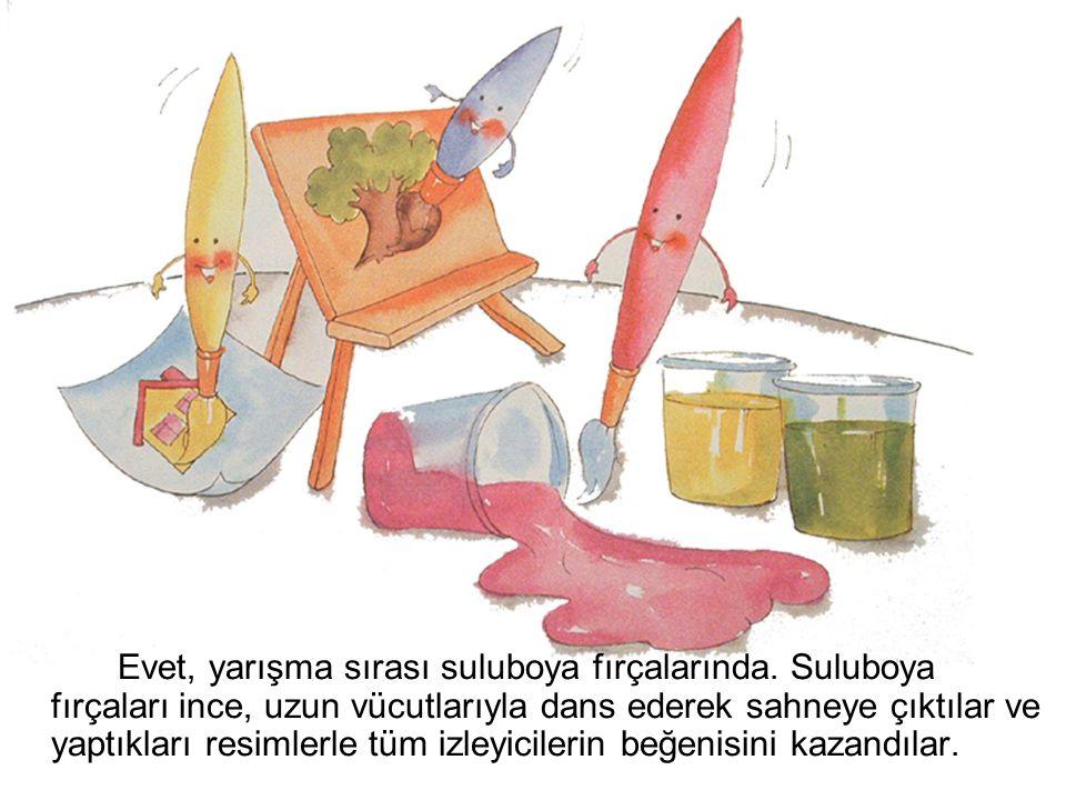 Evet, yarışma sırası suluboya fırçalarında. Suluboya fırçaları ince, uzun vücutlarıyla dans ederek sahneye çıktılar ve yaptıkları resimlerle tüm izley