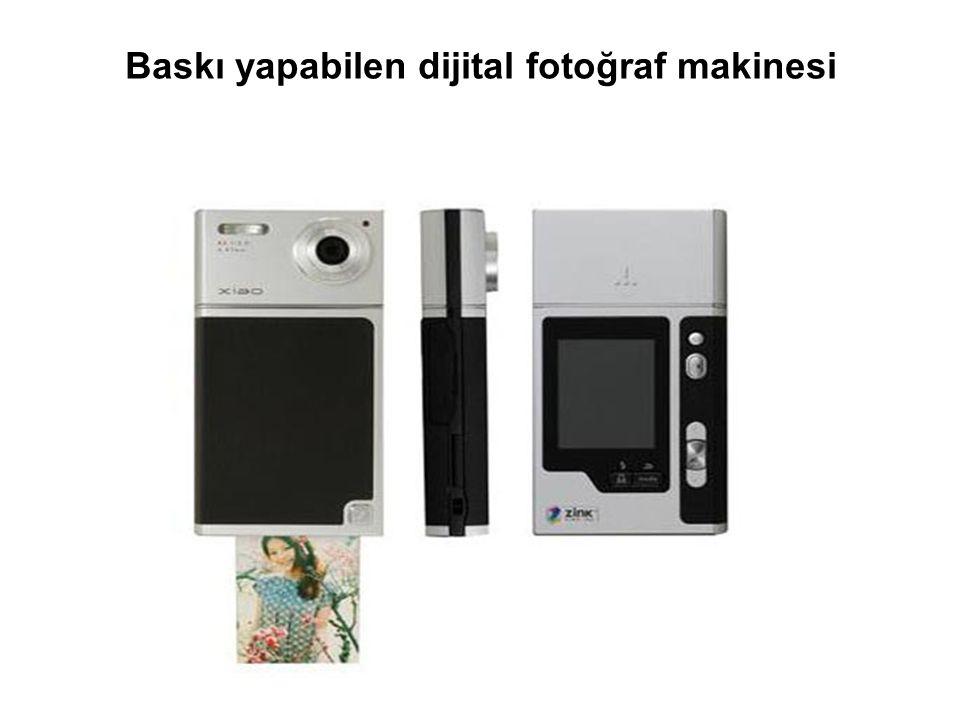 Baskı yapabilen dijital fotoğraf makinesi