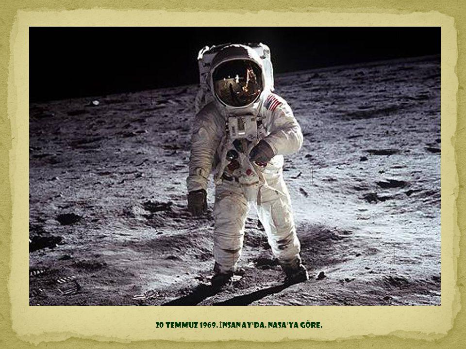 24 Aralık 1968. Dünya'nın Ay ufkundan çekilmi ş ilk foto ğ rafı. Apollo 8'den çekildi.