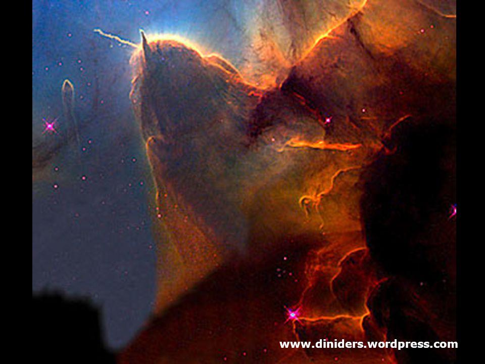 Astronotların seçtiği en güzel 10. resimde dünyadan 9000 bin ışık yılı uzakta olan Trifid Nebula'yı görüyoruz. Yeni yıldızların doğduğu bu nebulaya as