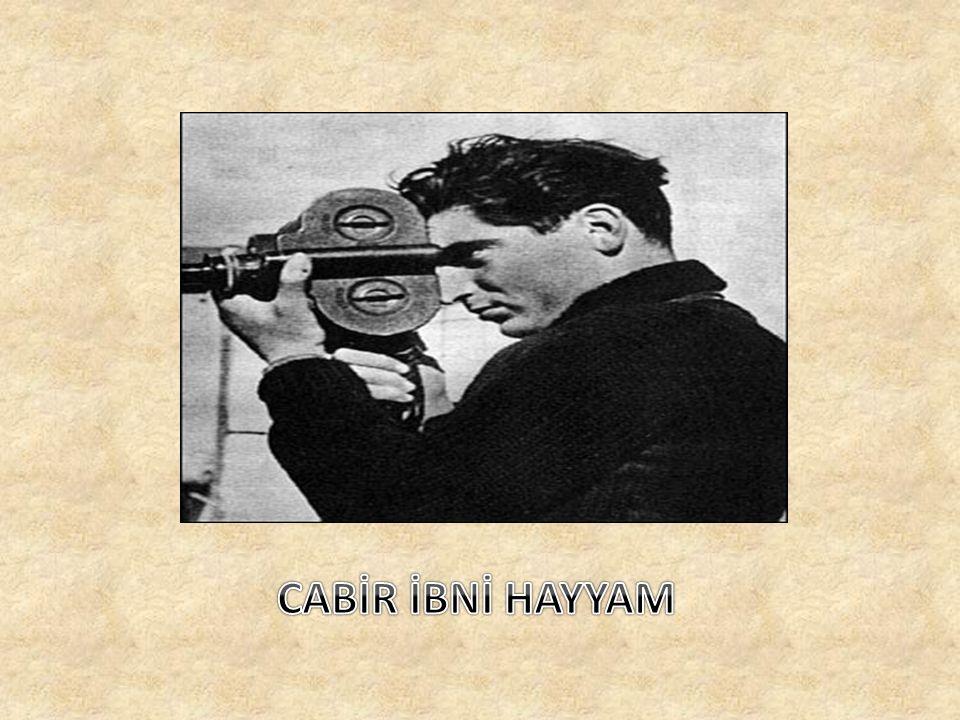 Sekizinci yüzyılda Cabir İbni Hayyam adlı bir Arap ın Gümüş Nitrat ın güneş ışığı etkisiyle karardığını bulması ve 15.