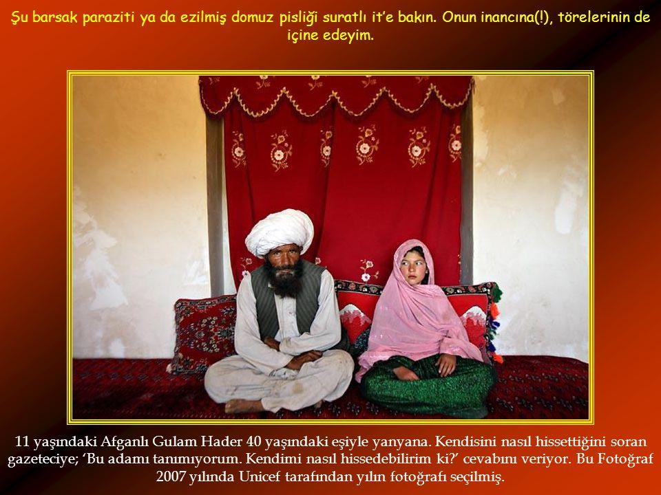 11 yaşındaki Afganlı Gulam Hader 40 yaşındaki eşiyle yanyana.