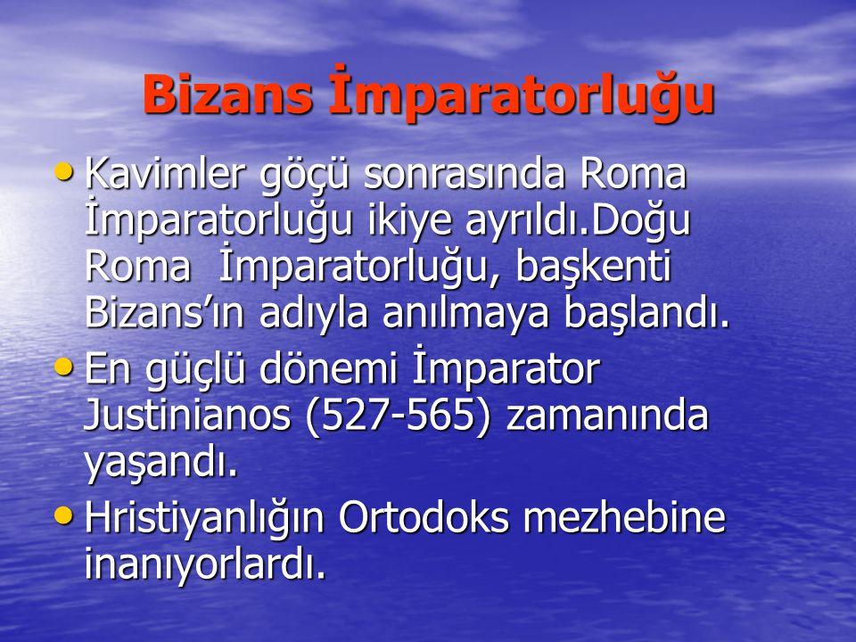 Bizans İmparatorluğu Kavimler göçü sonrasında Roma İmparatorluğu ikiye ayrıldı.Doğu Roma İmparatorluğu, başkenti Bizans'ın adıyla anılmaya başlandı. K