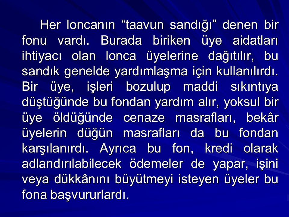 Bunların dışında İstanbul esnafının çeşitli gelenekleri de vardı.
