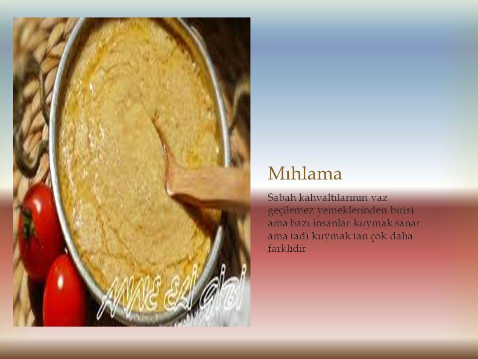 Laz böreği Yöremizin vaz geçilemez tatlılarından biri