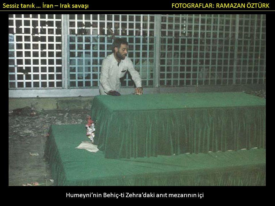 Sessiz tanık … İran – Irak savaşı FOTOGRAFLAR: RAMAZAN ÖZTÜRK Humeyni'nin Behiç-ti Zehra'daki anıt mezarının içi