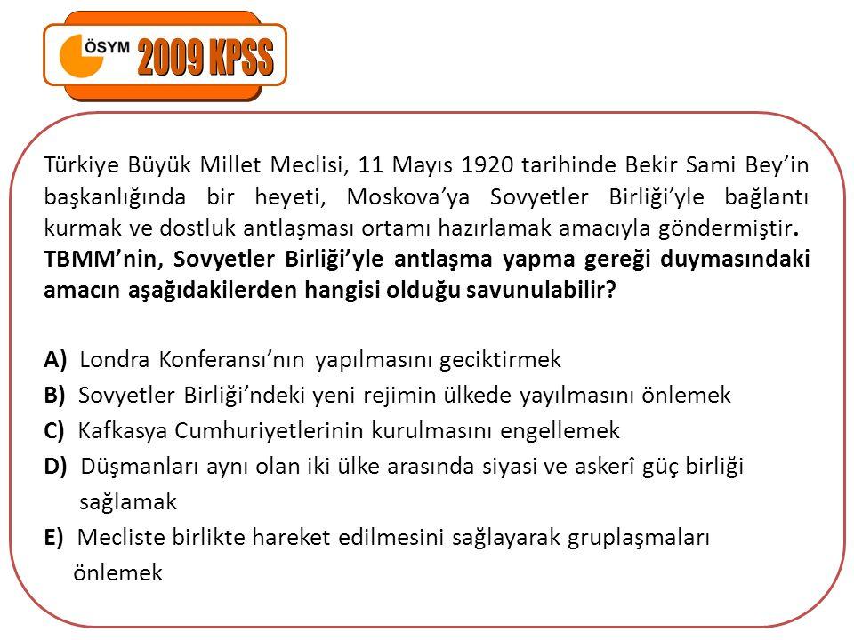 Türkiye Büyük Millet Meclisi, 11 Mayıs 1920 tarihinde Bekir Sami Bey'in başkanlığında bir heyeti, Moskova'ya Sovyetler Birliği'yle bağlantı kurmak ve