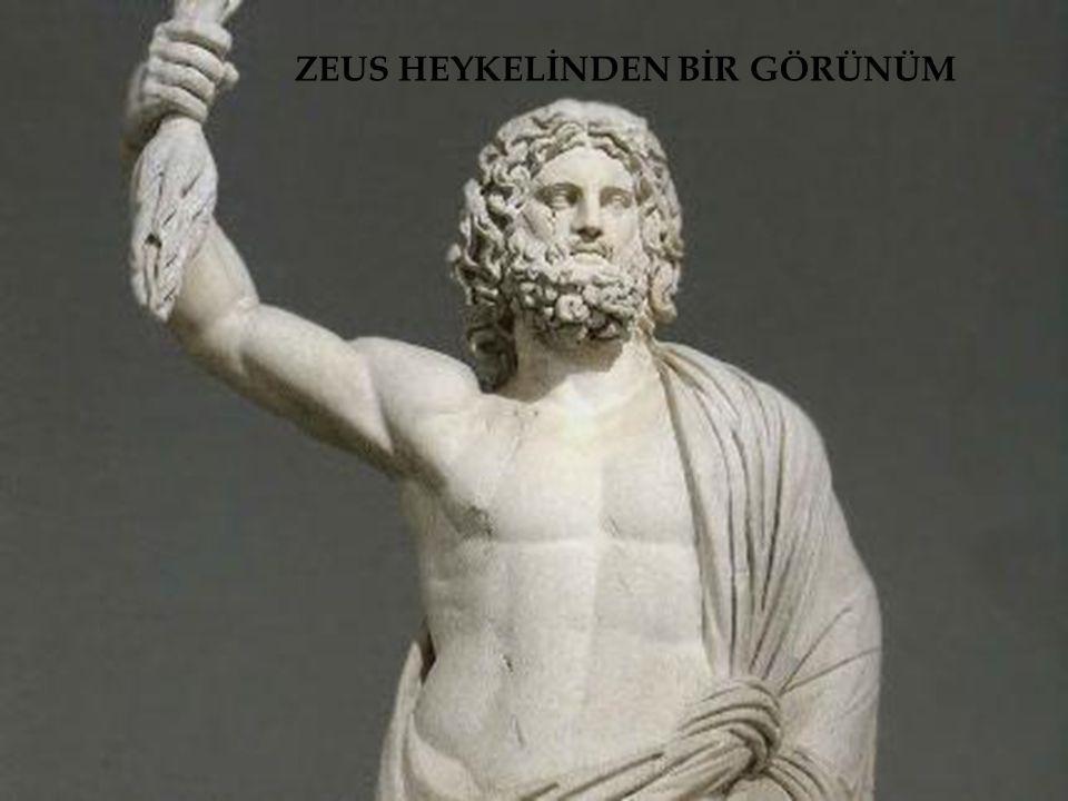  Artemis Tapınağı M.Ö.550 yılında Efes antik kentinde yapıldı.