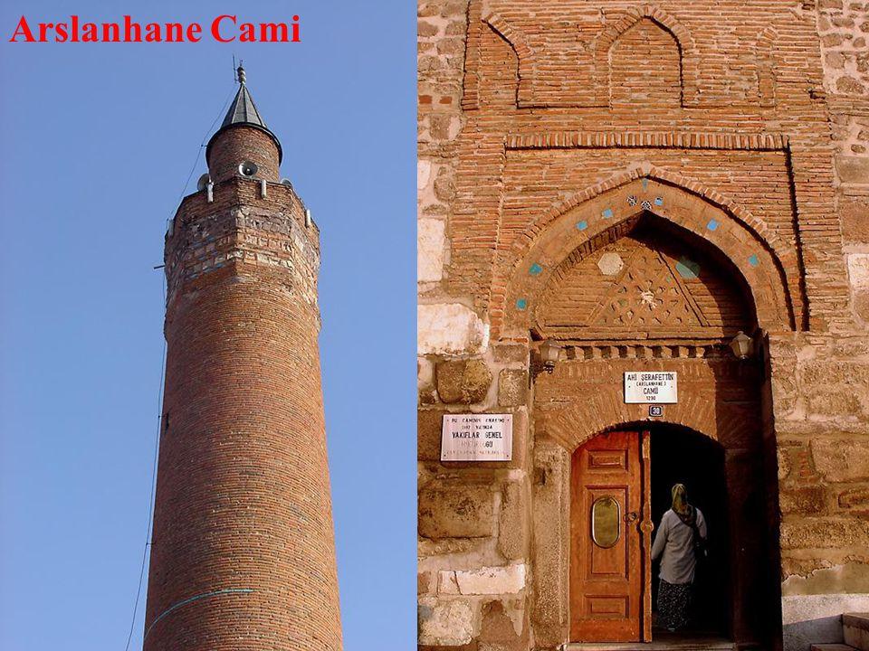Arslanhane Cami