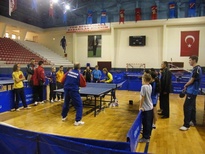 Avrupa Federasyonu ve ITTF koordinesinde her ülkeden 13 yaş altı 1 erkek ve 1 bayan sporcunun katılımı ile gerçekleşen Uluslararası kamplardır.