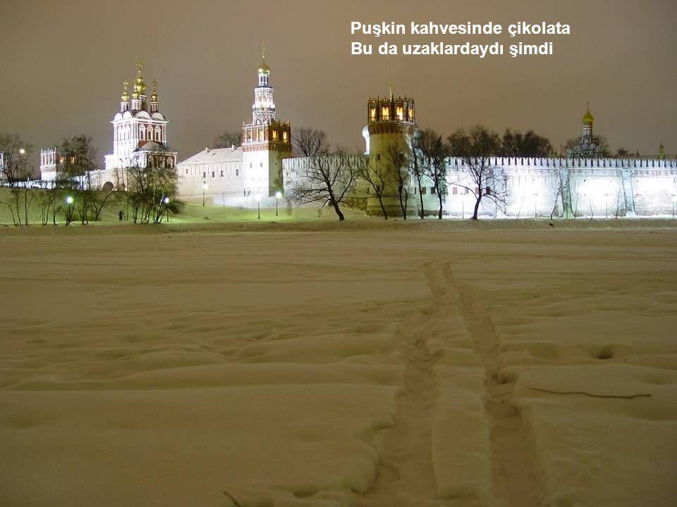 Lenin'in mezarı da bitti Orada değildik artık