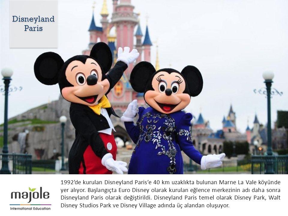 1992'de kurulan Disneyland Paris'e 40 km uzaklıkta bulunan Marne La Vale köyünde yer alıyor.