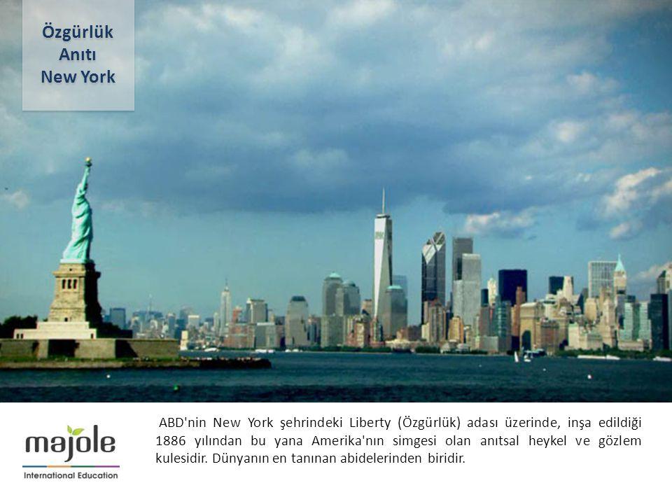 2- 10 Aralık 2012 ABD'nin New York şehrindeki Liberty (Özgürlük) adası üzerinde, inşa edildiği 1886 yılından bu yana Amerika'nın simgesi olan anıtsal