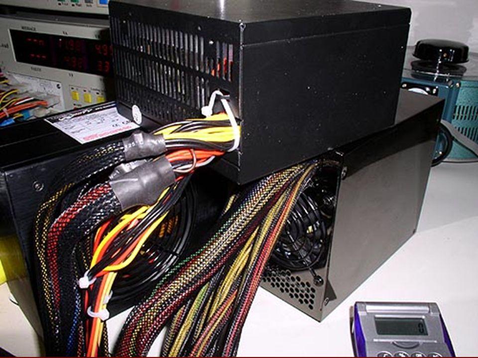 UPS (Kesintisiz güç kaynağı) Çevrim dışı türü kesintisiz güç kaynağı Kesintisiz güç kaynağı (İngilizce: Uninterruptible Power Supply - UPS), herhangi bir elektrik, elektronik cihazın 220 V AC beslemesinin kesilmesini, tolerans dışı yüksek veya düşük gelmesini önleyen bir elektronik cihazdır.İngilizceelektrikelektronik