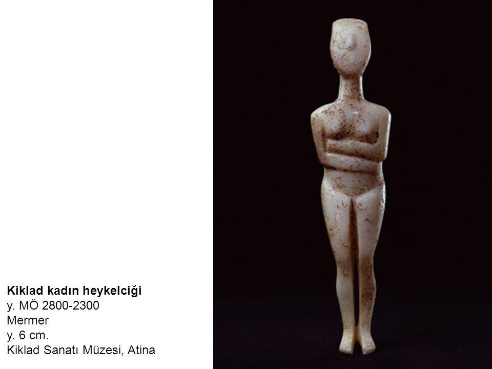 Kiklad kadın heykelciği y. MÖ 2800-2300 Mermer y. 6 cm. Kiklad Sanatı Müzesi, Atina