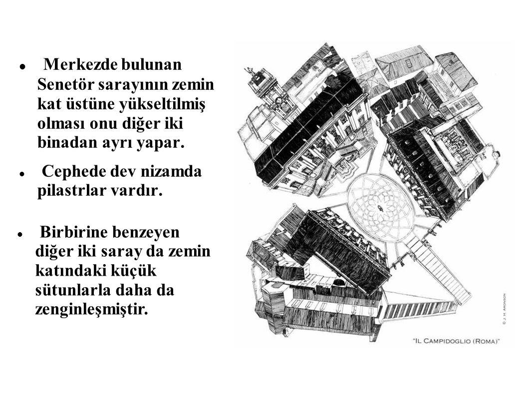 Merkezde bulunan Senetör sarayının zemin kat üstüne yükseltilmiş olması onu diğer iki binadan ayrı yapar. Cephede dev nizamda pilastrlar vardır. Birbi