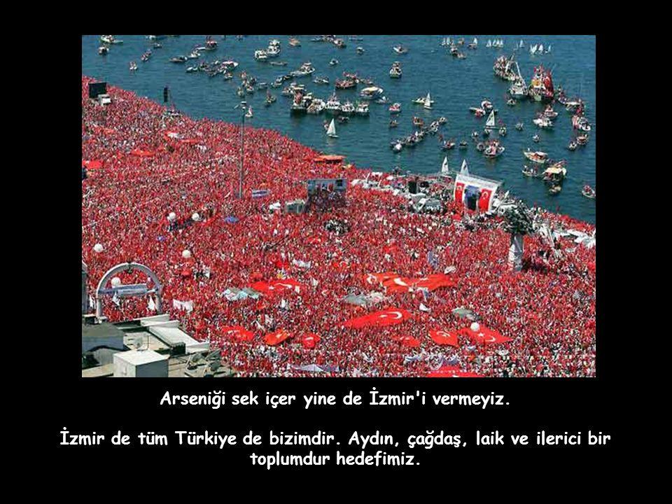 İzmirim hâlâ gavur, hâlâ güzel, hâlâ bizim.