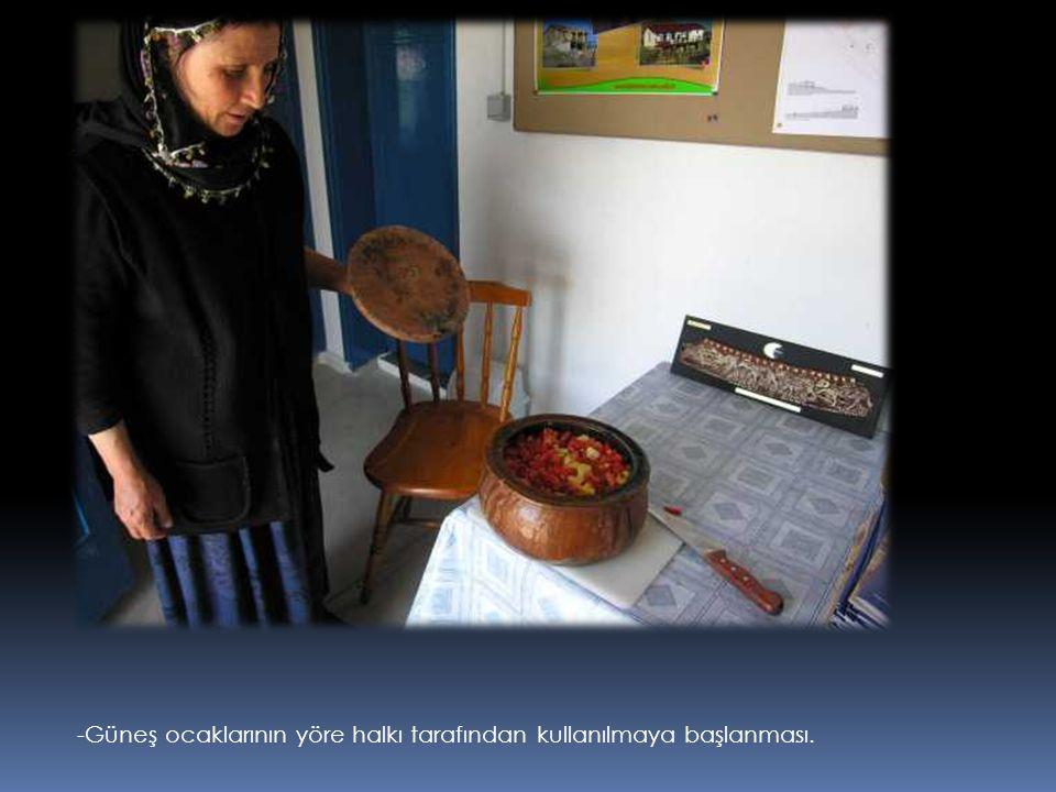 -Güneş ocaklarının kullanımı ile ilgili kurslar ve ilk deneyimler.