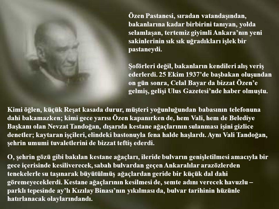 KENDİ ADINI TAŞIYAN BULVARDA: Atatürk Bulvarı'nın ortasındaki kestane ağaçları yemyeşil olmuştu. On dört yaşındaki Reşat Önat hem okuyor, hem de Kocab