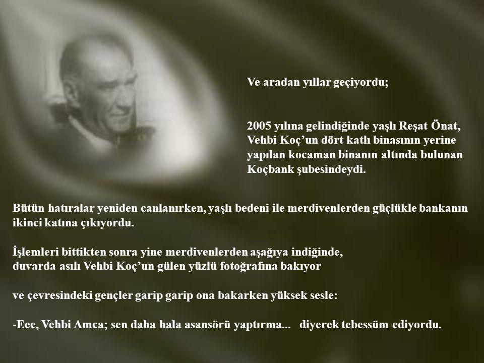 Atatürk, kendi adını taşıyan bulvara çıktığında, beraberindekilerle; Özen Pastanesi'nin yanından hemen arkadaki Uçar Sokak'a geçti. Şimdiki Galatasara