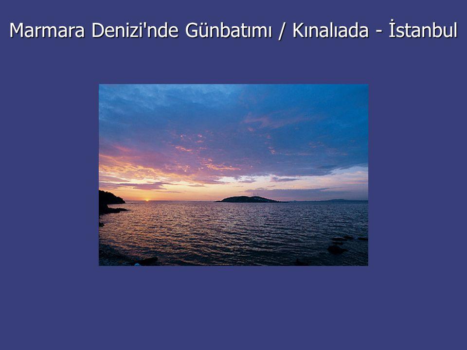 Marmara Denizi nde Günbatımı / Kınalıada - İstanbul