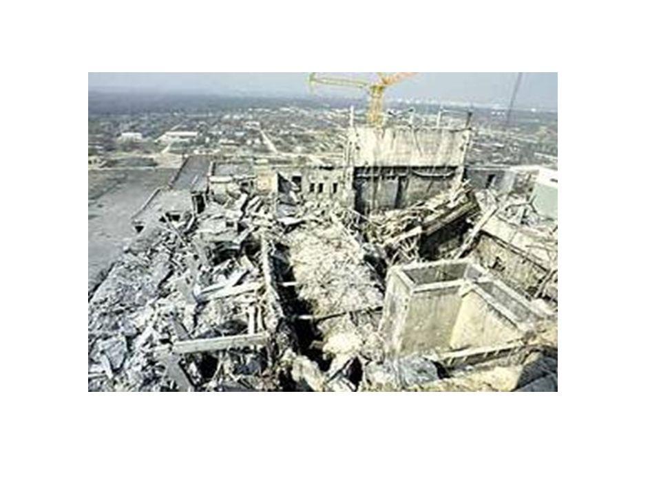 Bugüne kadar çevreye zarar verebilecek nitelikte 3 nükleer santral kazası meydana gelmiştir. 1957 yılında İskoçya'da Windscale kazası 1979 yılında ABD