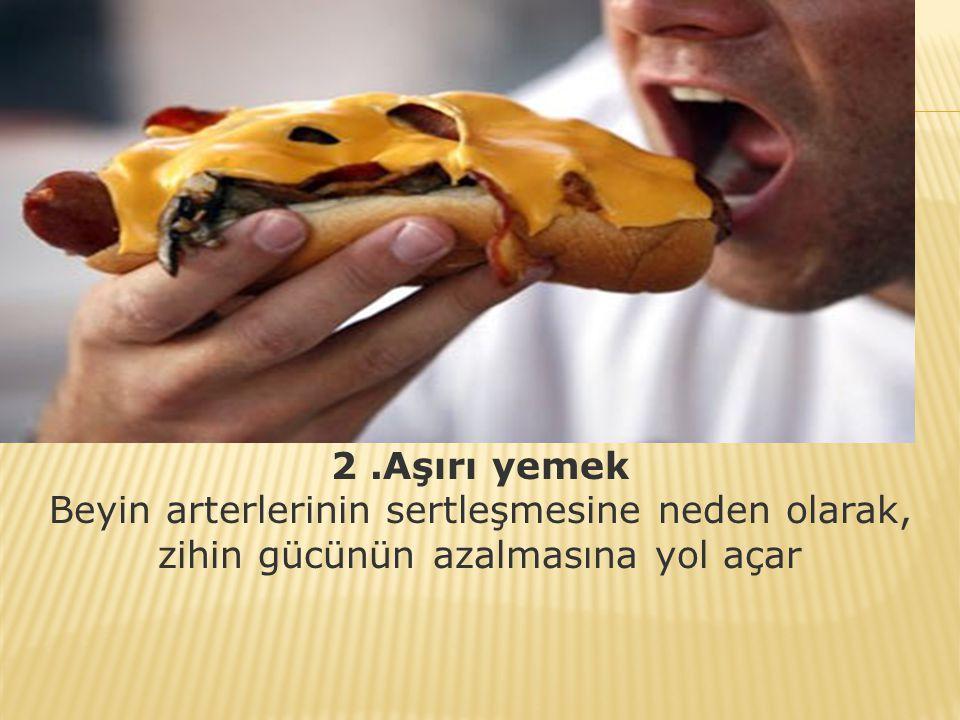 1. Kahvaltı etmemek Kahvaltı etmeyen kişiler, düşük bir kan şekeri seviyesine sahip olur.