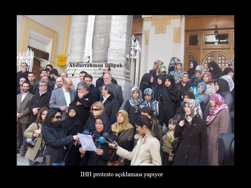 Abdurrahman Dilipak İHH protesto açıklaması yapıyor