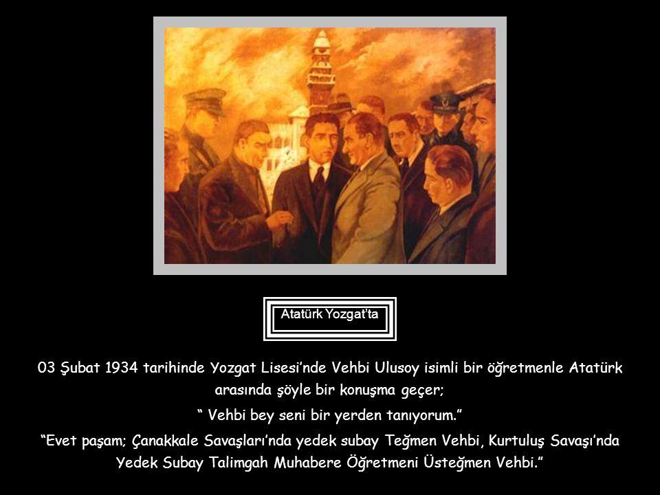 01 Temmuz 1933 tarihinde Galatasaray Lisesinde yapılan tarih, coğrafya ve Yurt Bilgisi imtihanlarında da Atatürk hazır bulunmuş ve okulun hatıra defte