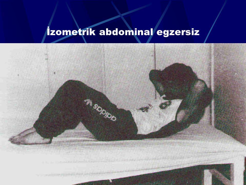 62 Simetrik ekstansiyon egzersizi (skapula ve omuzları daha uygun pozisyonda tutar)