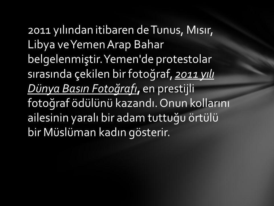 2011 yılından itibaren de Tunus, Mısır, Libya ve Yemen Arap Bahar belgelenmiştir. Yemen'de protestolar sırasında çekilen bir fotoğraf, 2011 yılı Dünya