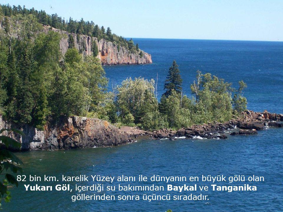 """Ojibwe yerlileri bu gölü """"büyük su"""" anlamında Giçi Gami, olarak adlandırıyorlar."""
