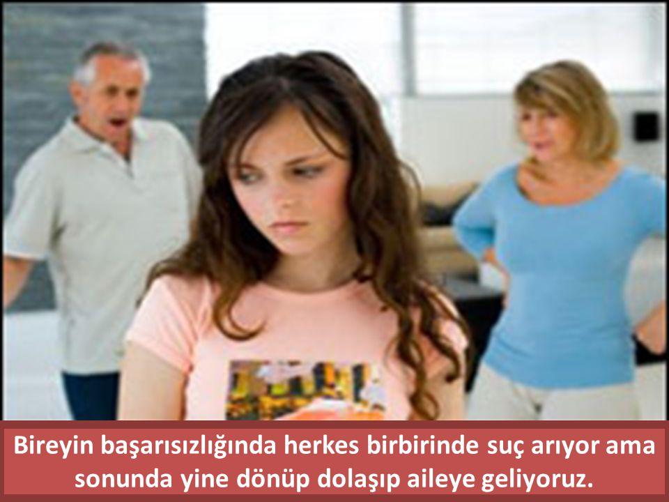 Okul başarısında düşüş görülen önemli bir dönem olan ergenlik çağında gençler için genç kız ve delikanlının beğenisini kazanmak okuldan daha önemli olabilmektedir.